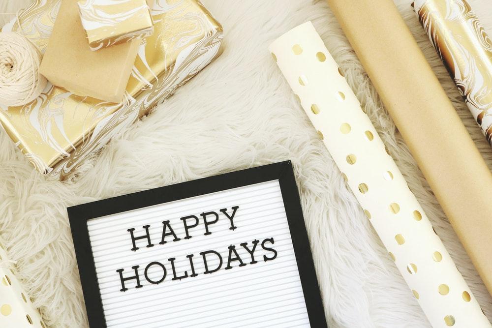 Holiday-customer-service